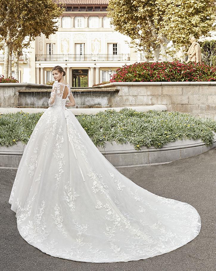 Robe de mariée Benasque de dos - Boutique à Héricourt