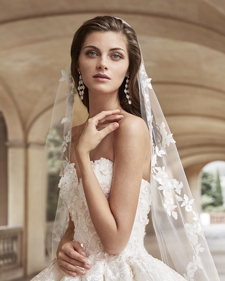 Robe de mariée Jaya de face - Boutique à Héricourt