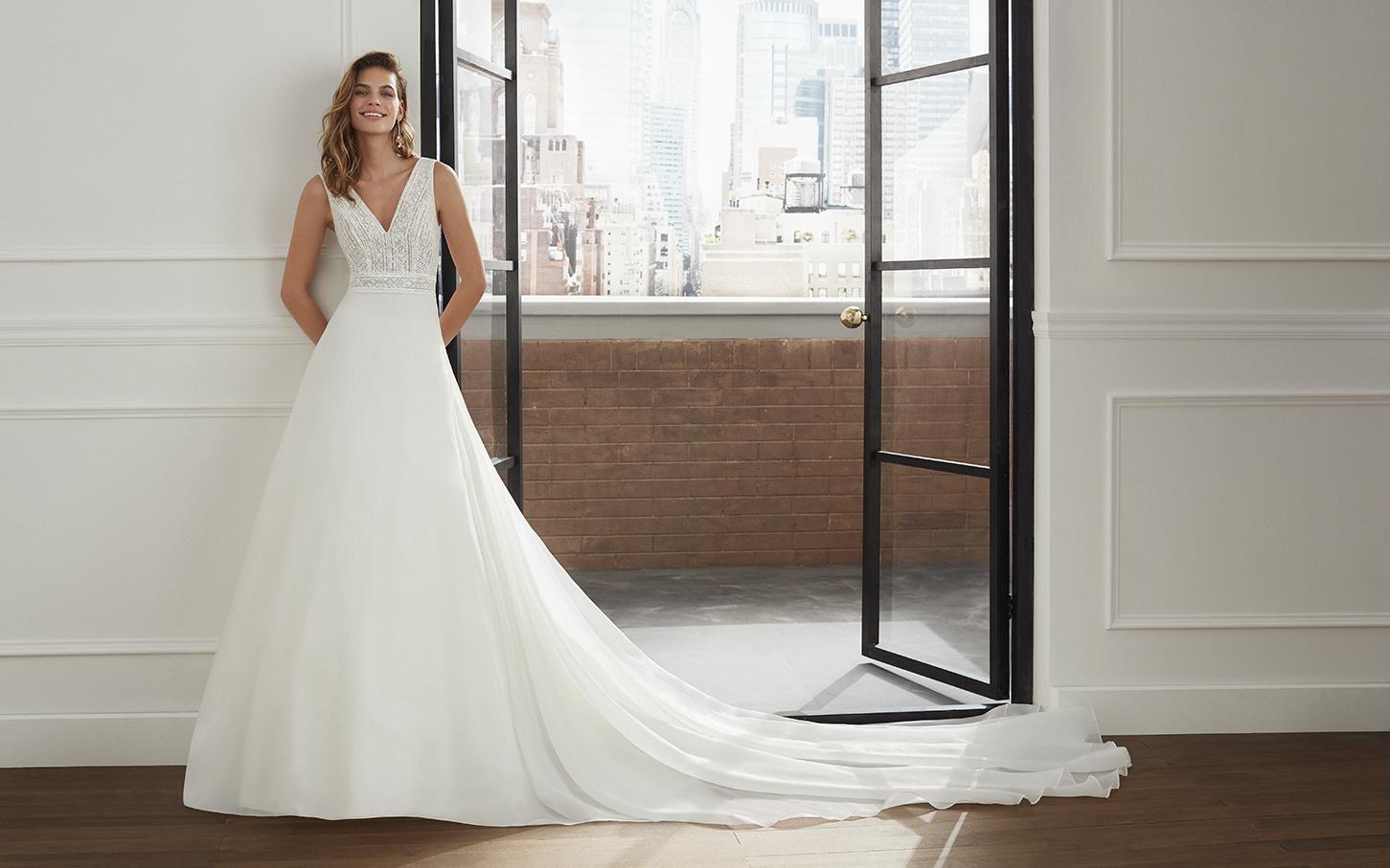 Robe de mariée chic - LOYDA
